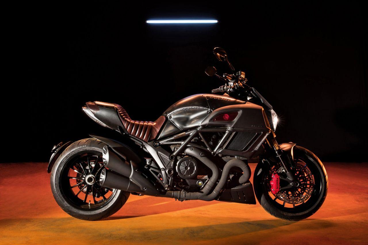 DucatiDiavelDiesel01.jpg